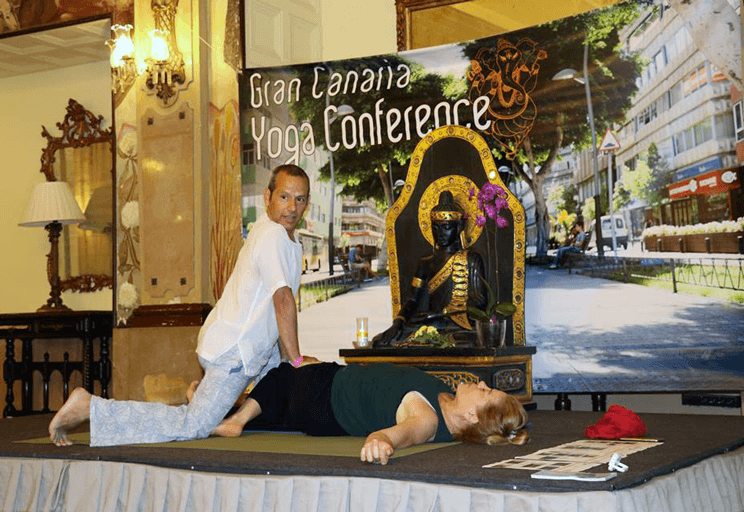 3 Gran Canaria Yoga Conference 2018. Masaje Thai-Yoga.
